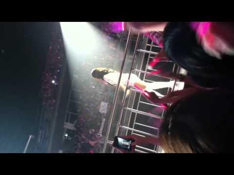 [FANCAM]SNSD(Yuri) @ 120212 Girls' Generation Tour in Bangkok
