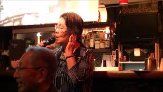 渋谷の川中美幸さんのお店で松本重信先生のお声がけにより、有志が集ま...