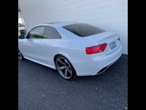 Audi RS5 B8 w/ ARMYTRIX Full Valvetronic Exhaust, Loud Revs!