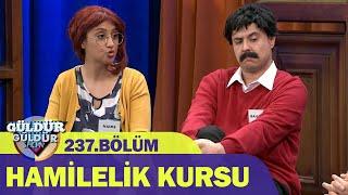 Anlaşamayan Çift - Hamilelik Kursu  Güldür Güldür Show 237.Bölüm