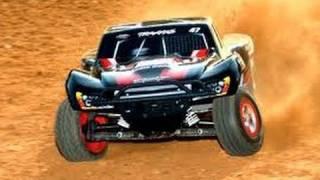 vuclip Modified Traxxas Slash RC Truck - Wheelies, Racing, Jumps, Drifting and Crashes