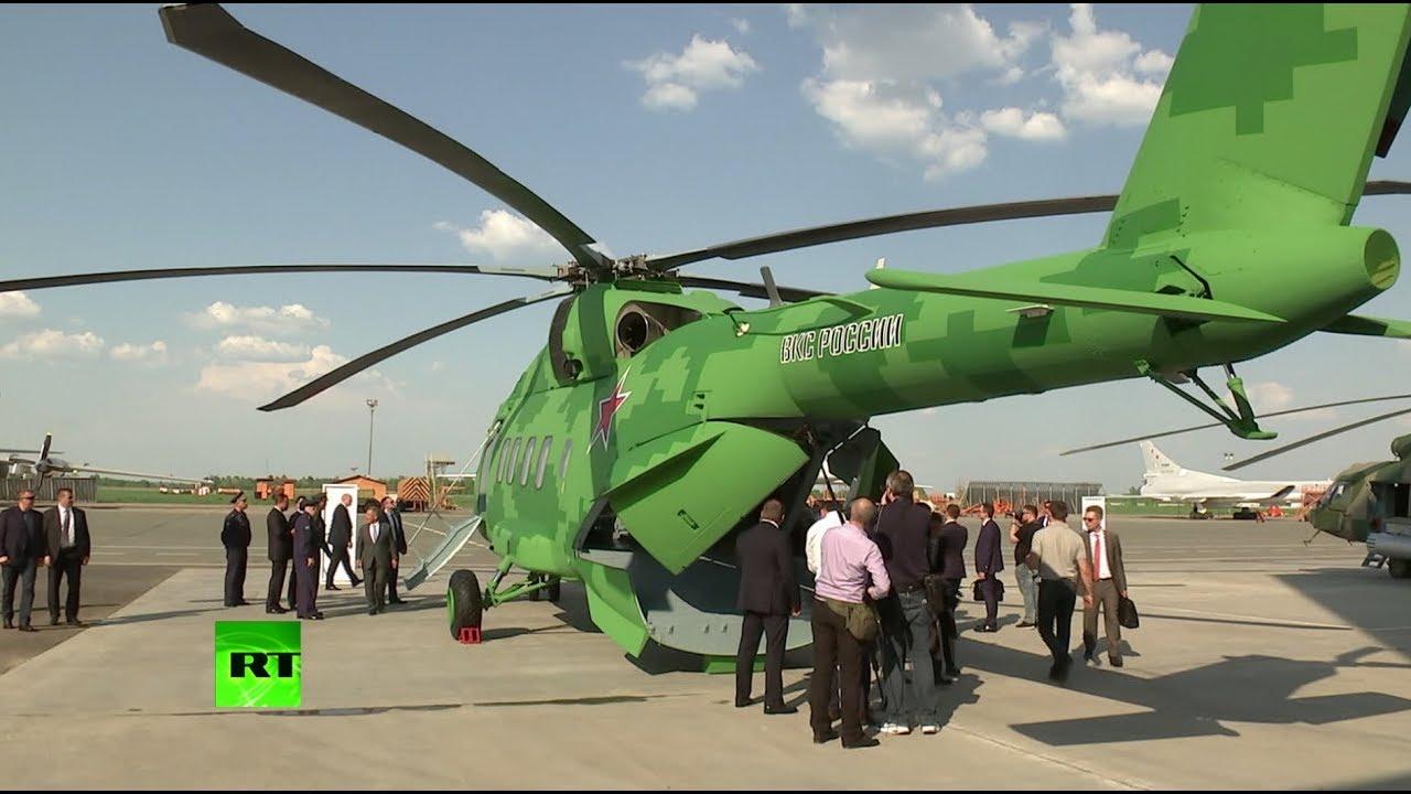 Путин осмотрел новейшую авиатехнику на аэродроме в Казани