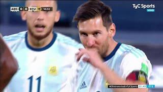 ЧТО сделал МЕССИ когда его попросили УСТУПИТЬ ПЕНАЛЬТИ Вот что случилось в матче Аргентина Эквадор