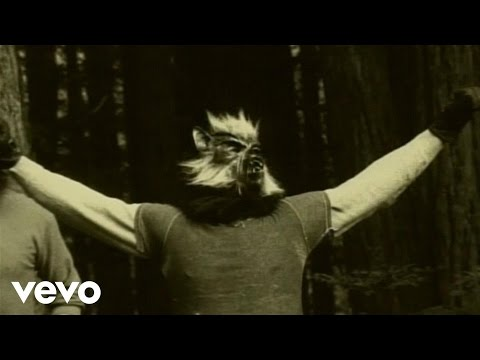 Queens Of The Stone Age - Someone's In The Wolf (Official Music Video)