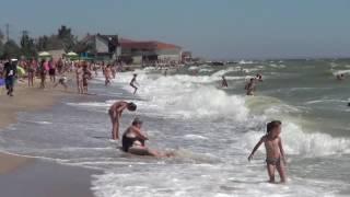 Бердянск 2016 - день 6 - огромные волны, море удовольствия