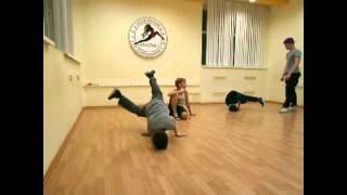 Открытый урок 24.12.2015(ф.Центральный, гр.9-17 Уличный танец)