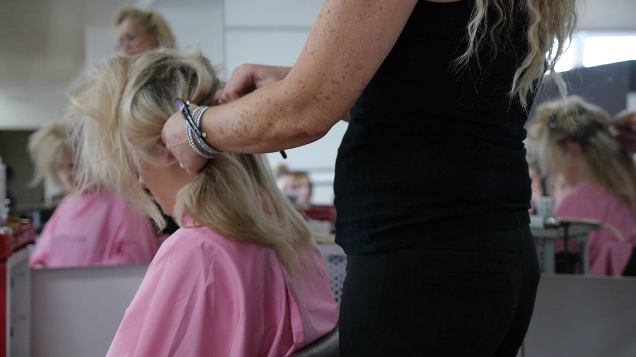 Hair extensions demonstration trains of hornsea hull college hair extensions demonstration trains of hornsea hull college hair beauty pmusecretfo Images