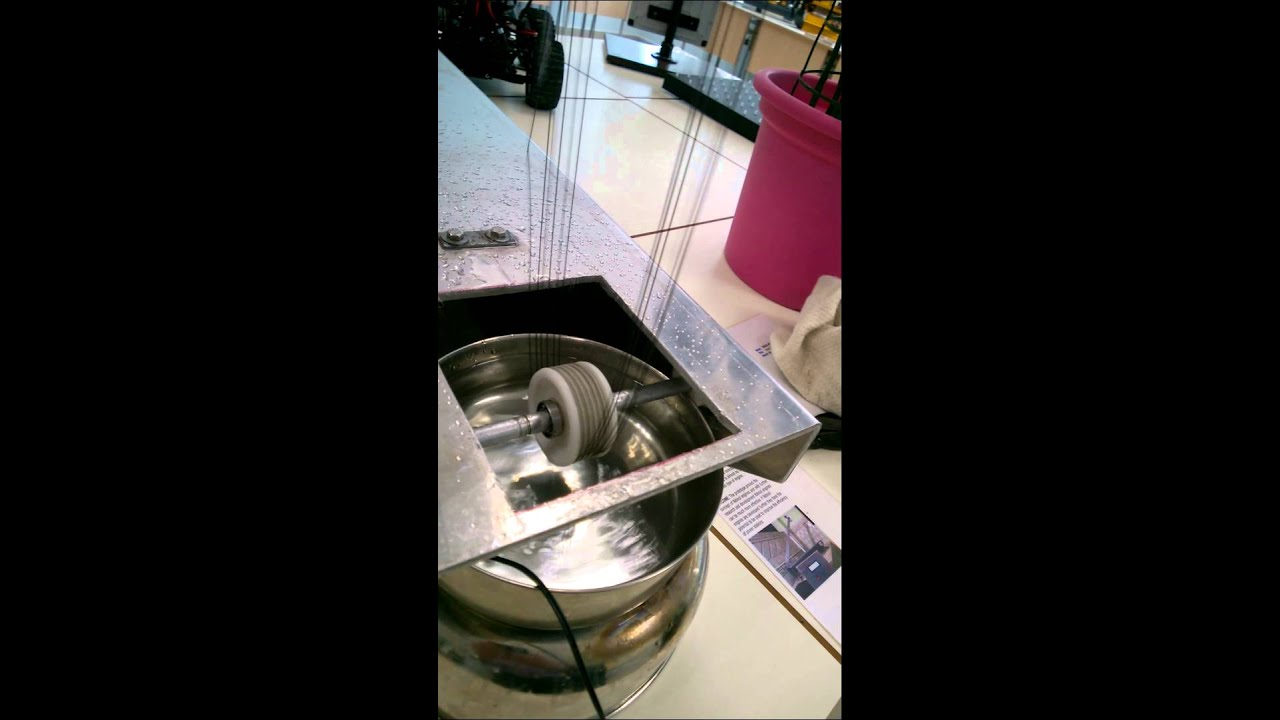 Nitinol Heat Engine Prototype 1. - YouTube