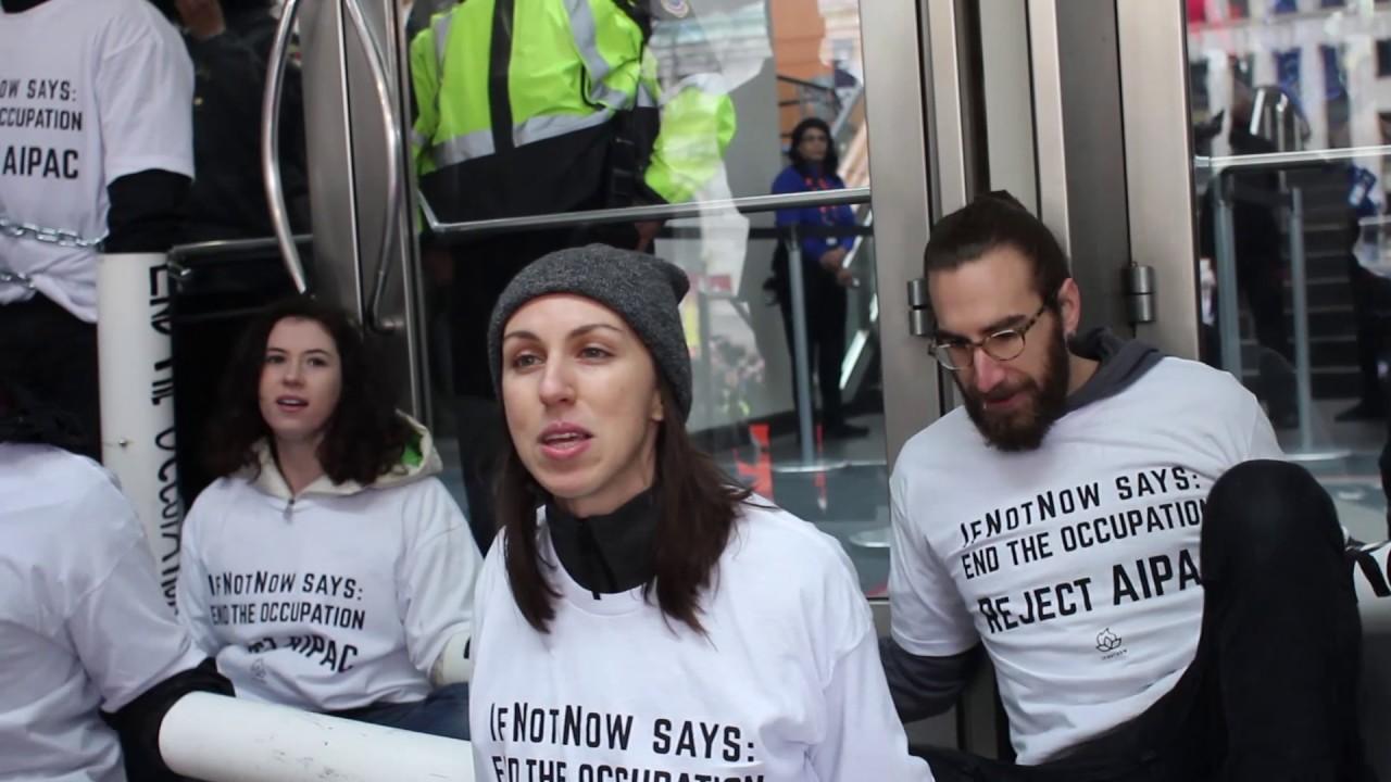 Resultado de imagen de manifestaciones anti Trump judios americanos