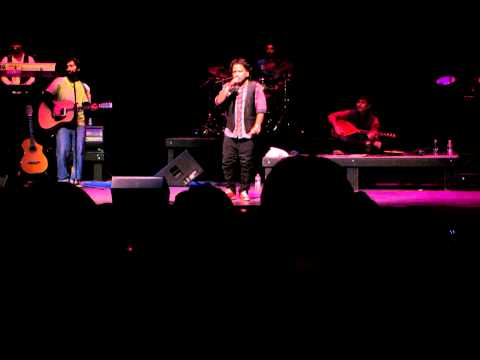 Meri Maa - Kailash Kher LIVE in Washington D.C. HD (1080p high quality)