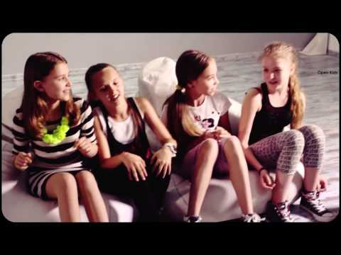 """Танец """"На десерт"""" Open kidsиз YouTube · С высокой четкостью · Длительность: 2 мин59 с  · Просмотры: более 5.000 · отправлено: 28-4-2016 · кем отправлено: Волонтерский отряд Вперед"""