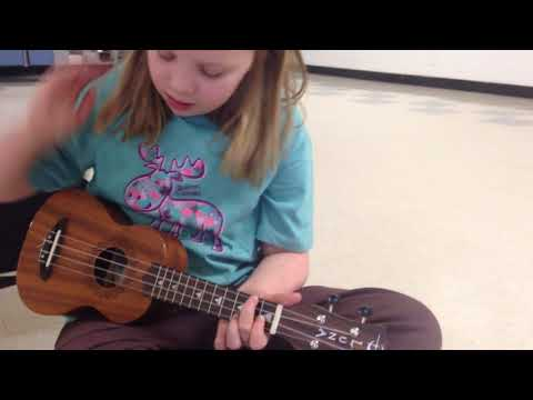 Skyline True Colors Ukulele Chords Tutorial Youtube
