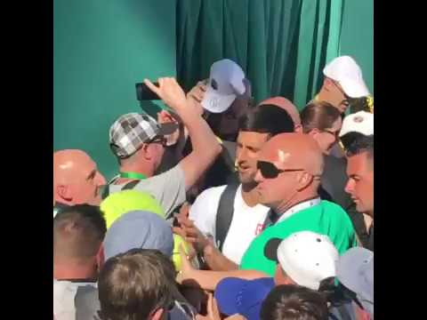 Monte Carlo 2017 - Novak Djokovic among crowd