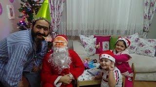 Türk Baba Noel Babaya Karşı