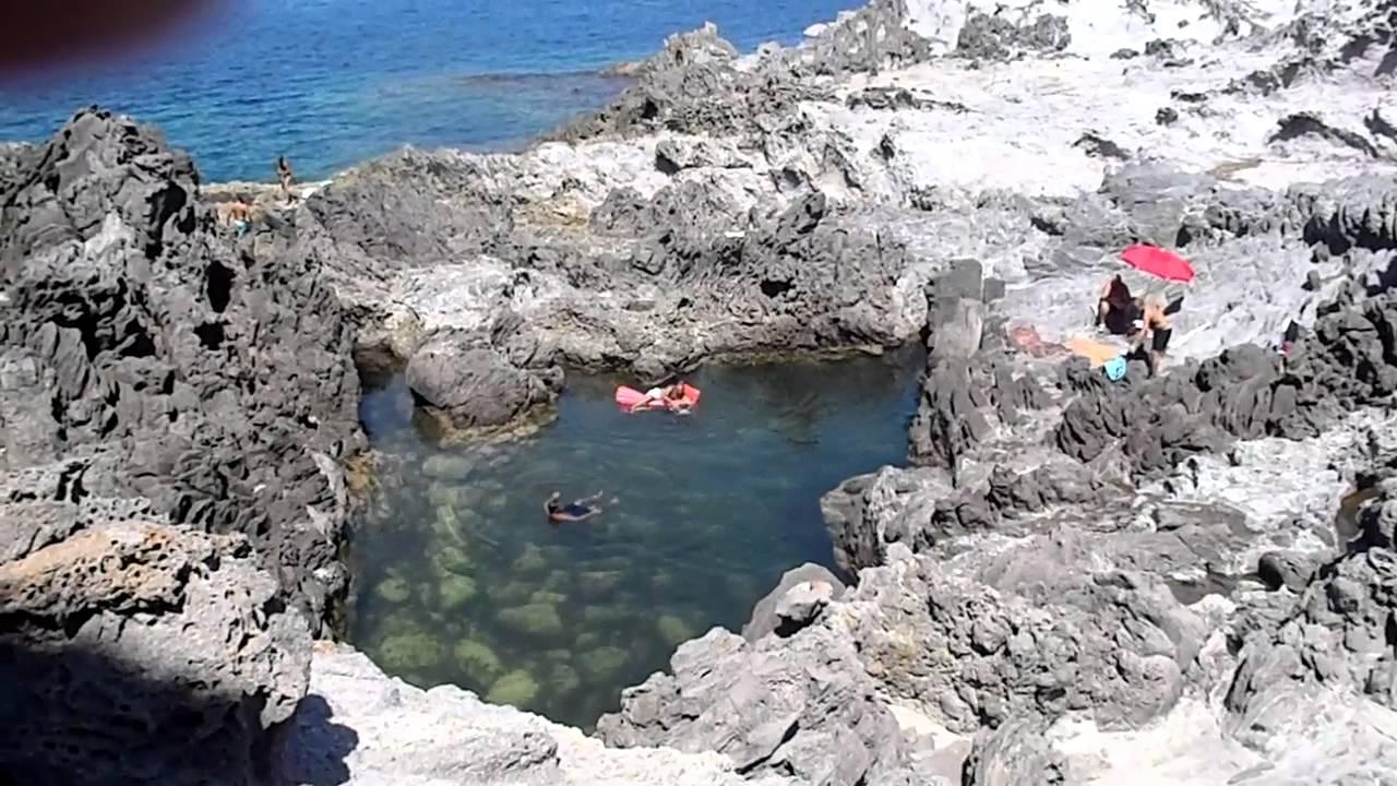 piscina naturale di nasca isola di s pietro youtube On piscina naturale