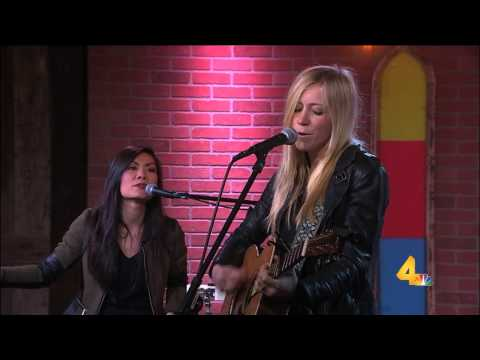 ELLIE HOLCOMB -  FIND YOU HERE
