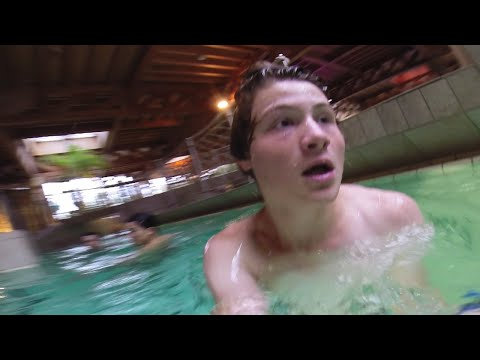 Thumbnail: FANS VERFOLGEN UNS IM SCHWIMMBAD.. | Longboard Tour Tag 20 & 21 | Dner