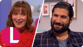 Kayvan Novak Impresses Lorraine With His Sean Connery Impression| Lorraine