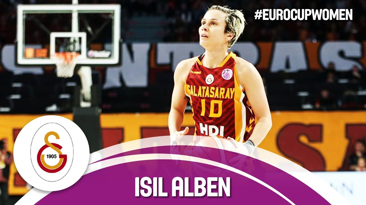 Isil Alben shows incredible skill at the point against Reyer Venezia