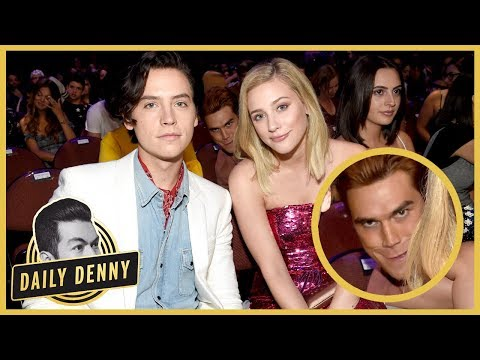 Teen Choice Awards: Riverdale's KJ Apa Photobombs Cole Sprouse & Lili Reinhart  Daily Denny