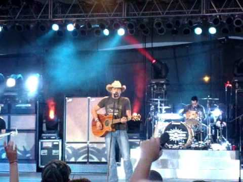 Jason Aldean Big Green Tractor Live @ 2009 Muskegon Summer Celebration