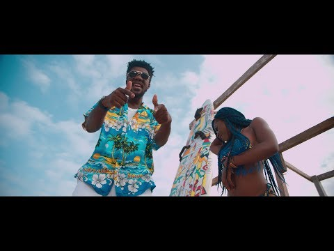 Tic Tac - Carry Go ft Samini  (Official Video)