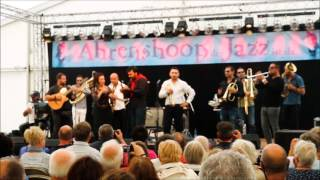 Download Fanfara Kalashnikov ft. Cristina Gypsyliana - In cerca di te & Vengo anch`io MP3 song and Music Video