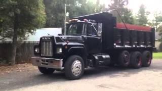 1987 Mack R-Model Dump
