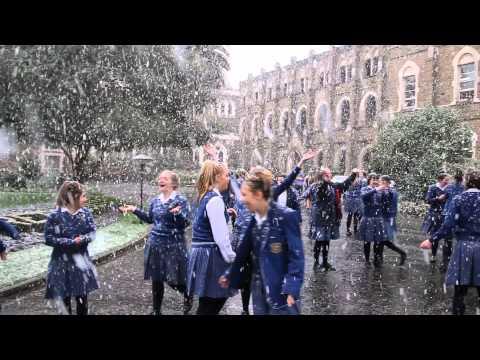 Snow at Loreto College Ballarat - August 2014 - YouTube