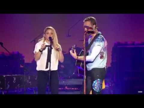 Shakira Ft. Chris Martin - Me Enamoré
