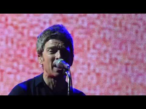 Noel Gallagher - If Love Is The Law [Live...