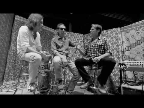 David Lee Roth Interviews Eddie & Alex Van Halen (Part 1)
