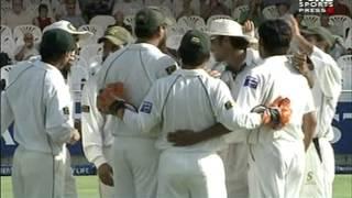 Cricket funny moments  Inzamam ul Haq interesting run out
