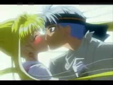 Anime kiss - I'm In Heaven When You Kiss Me