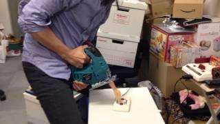 【おバカ】電動ジグソーで「ハイパーオリンピック専用連射マシン」を自作してみた