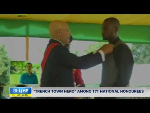 """""""Trench town hero"""" receives Badge of Honour"""