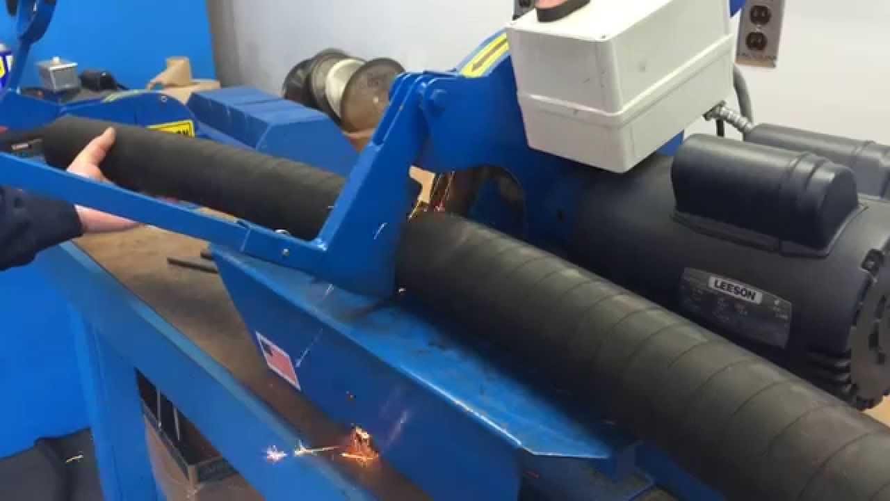Cutting a 2-1/2 inch, 6 wire hydraulic hose - YouTube