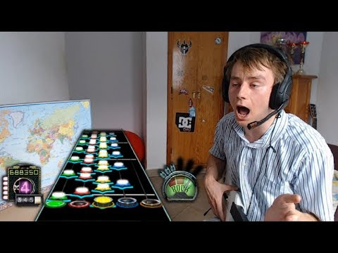 GUITAR HERO PLAYER FAILS THE LAST NOTE