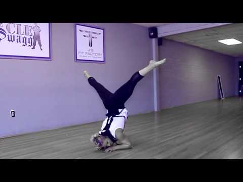 Womens Physique Posing Practice Allison Schomhl part 1