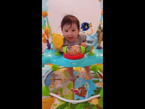 2016 7 Finding Nemo jumper / bouncer review