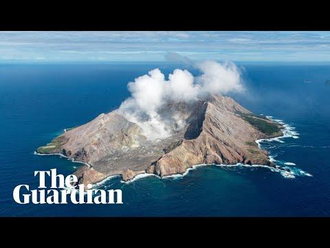 New Zealand volcano: fatal eruption on White Island