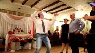 Музыкальный конкурс на свадьбе // угадай мелодию ))