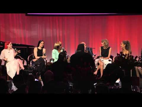 "Aretha Franklin Sings ""Happy Birthday"" to Taylor Swift at Billboard Women of the Year 2014"