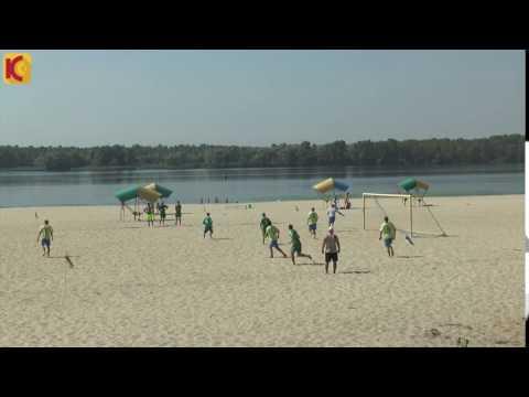 Курьезный гол на пляжном футболе.
