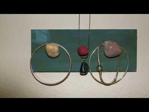 DIY - EASY Rock & Wood Jewelry Hanger