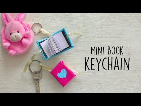 DIY: Mini Book Key Chain  Ventunoart