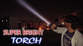 UTorch UT02 Tactical Flashlight Review | Super Bright!(, 2016-12-25T16:13:56.000Z)