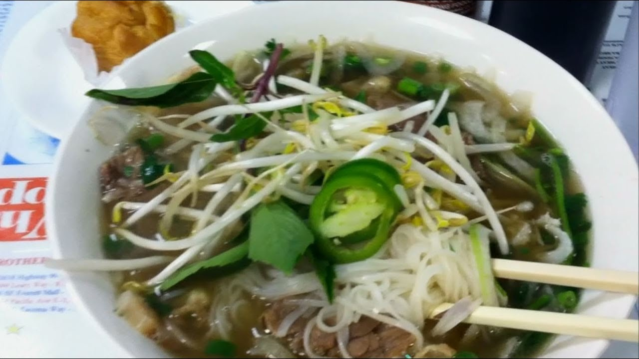 Pho Than Brothers 14 Med Rare Beef Pho Review Youtube