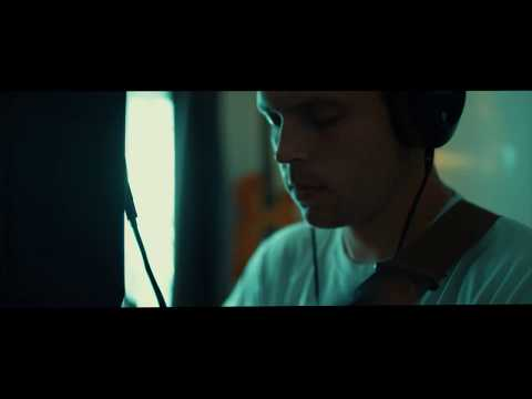 jesse-barnett---stay-with-me-(official-music-video)