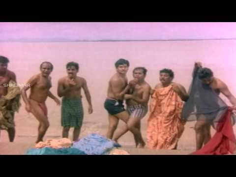Telugu comedy actors in Small Komanam / loincloth  plz tell actor who is in small underwear hot